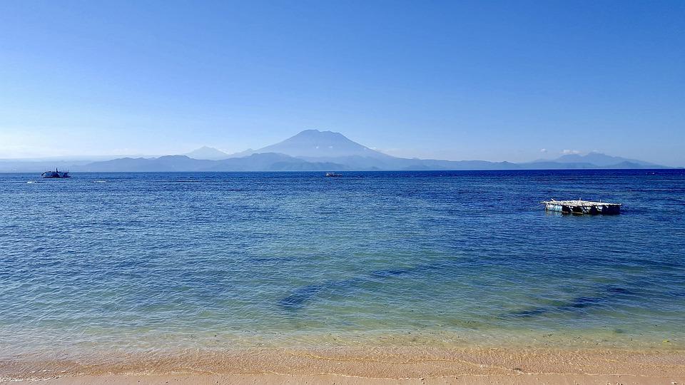 Terbang ke Bali dan Menikmati Indahnya Nusa Lembongan
