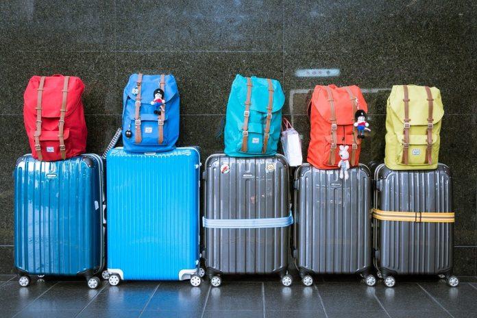Tips Mudah Traveling Tanpa Harus Mengeluarkan Banyak Uang