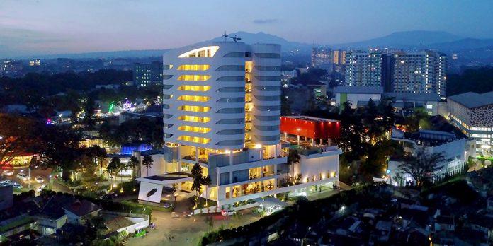 Menginap nyaman dan aman serta berwisata belanja di Sensa Hotel
