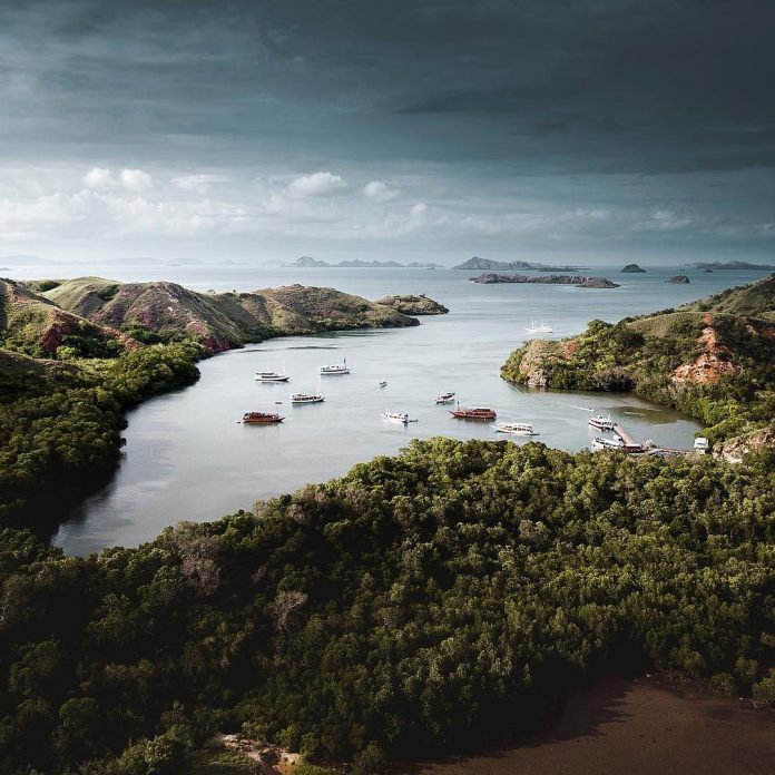 This is Komodo National Park, East Nusa Tenggara! Be amazed by the sweeping pano...